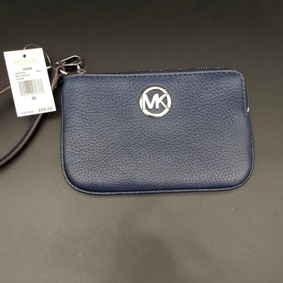 Michael Kors Handbags - Michael Kors Medium Zip Top Navy Wristlet